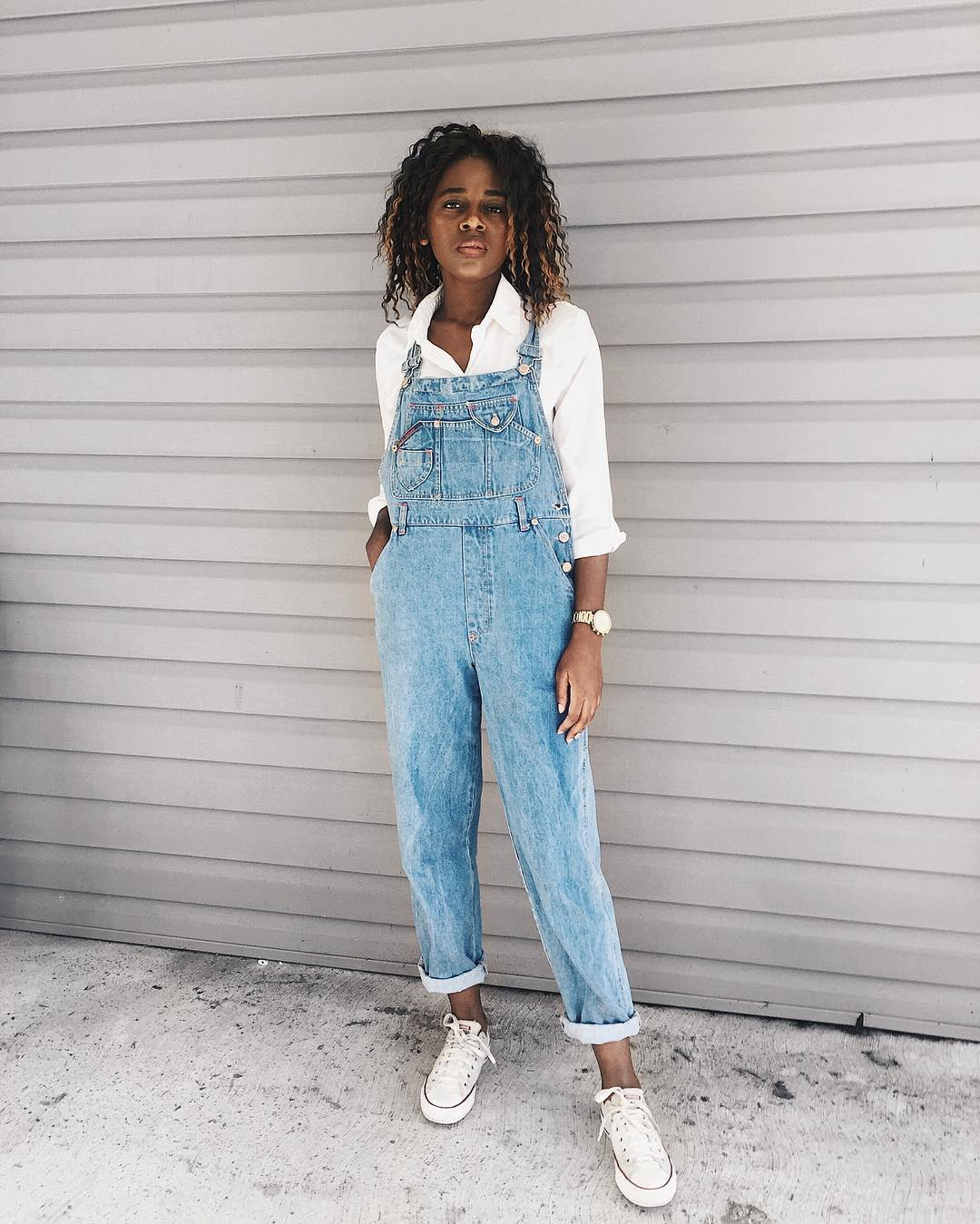 Overalls Outfit With White Converse